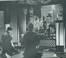 Sequence inside a shrine called for subtle, low-key mood lighting. Most such scenes were filmed on location.